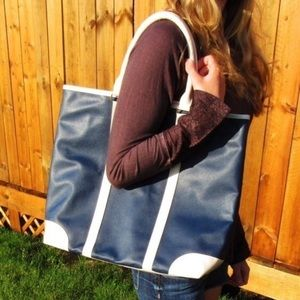 NWT Navy and Cream School/laptop Tote Bag